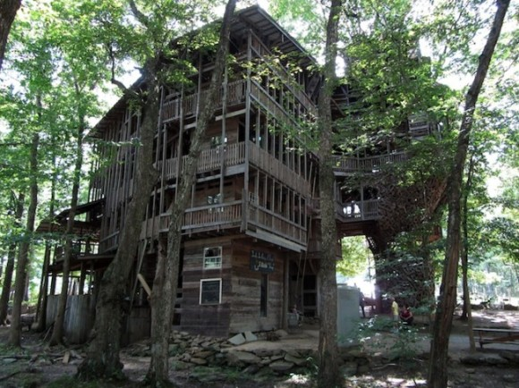 Biggest Treehouse In The World 2013 tree house « househappy
